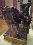 Louvre objets d'art bronze lion attaquant un taureau - 1.jpg